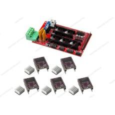 Kit che comprende una scheda Ramps 1.4 e 5 driver DRV8825 con dissipatore